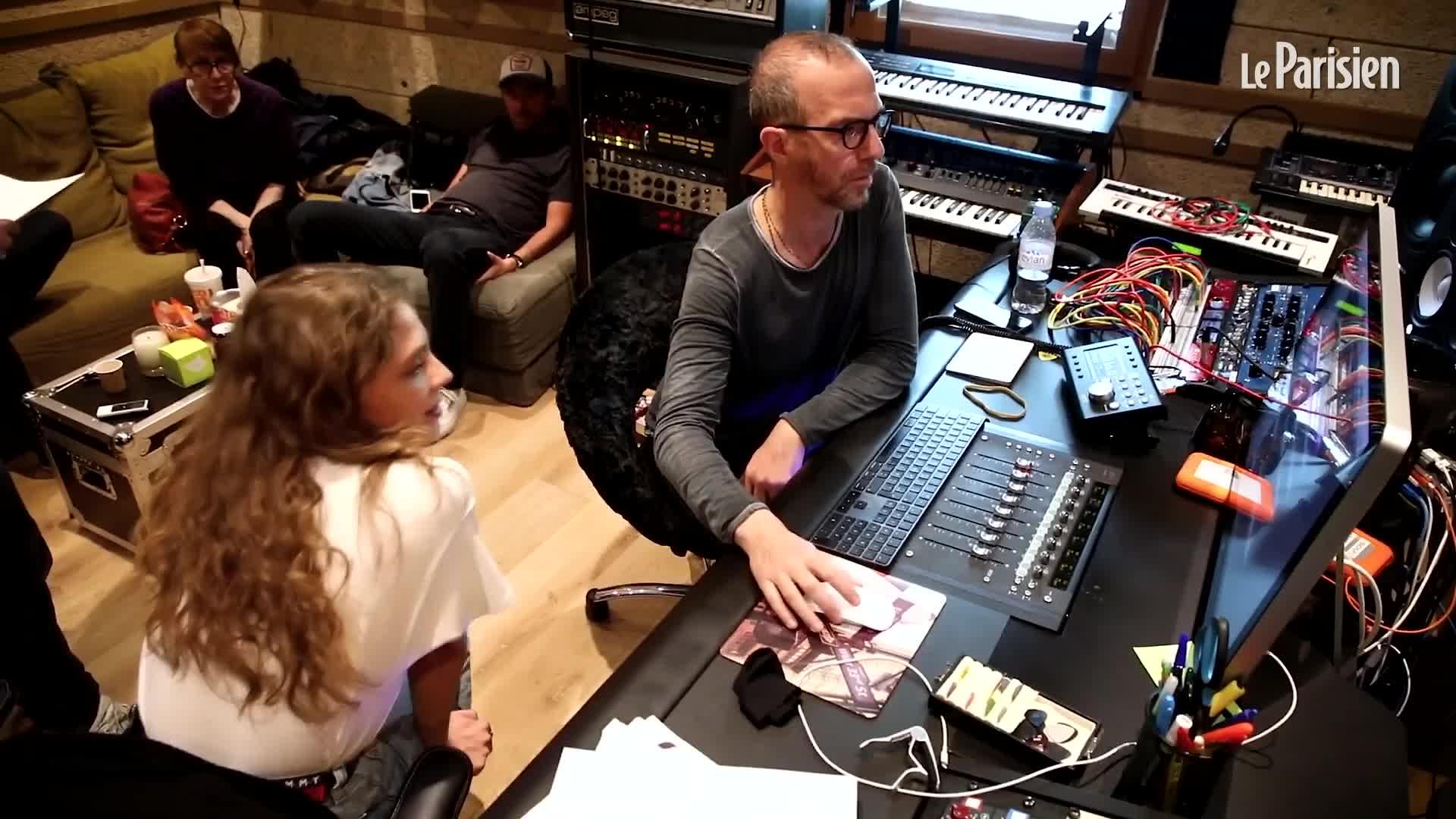 Media Calogero Maëlle en studio avec Calogero